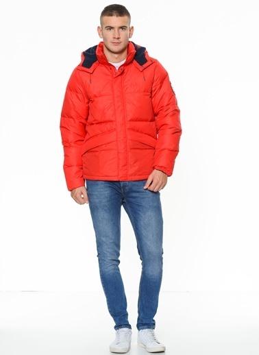 Helly Hansen Doğal Tüy Dolgulu Mont Kırmızı